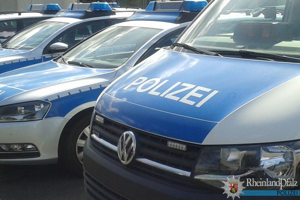 Auto Und Linienbus Stossen Auf L145 Kenn Zusammen Businsassen Gesucht News Trier Und Umgebung